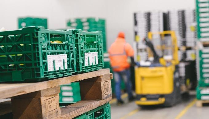 La logistica per qualsiasi tipo di impresa ha assunto in questi ultimi anni una valenza determinante...