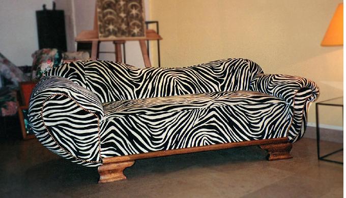 Tapisserie et Décoration d'ameublement Restauration fauteuils, canapé, sièges Confection têtes de li...