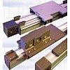 Au choix guidage par rails en acier et galets ou par rails et patins à circulation de billes.Possibi...
